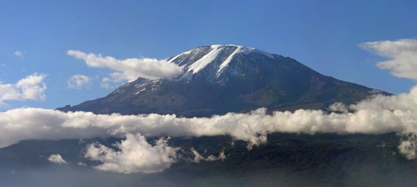 Mount Kilimanjaro Photo by Muhammad Mahdi Karim - June 1, 2009
